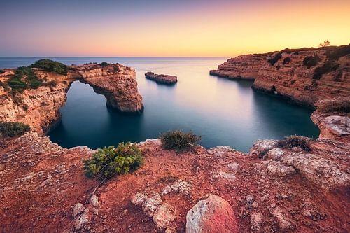 Pirates and smugglers cove (Praia de Albandeira / Algarve / Portugal)