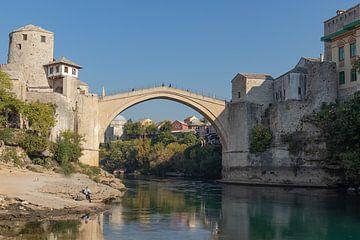 Oude Brug in Mostar van Nina Rotim
