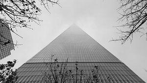 One World Trade Center in de mist