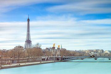 Blauwe Seine met Eiffeltoren van Dennis van de Water