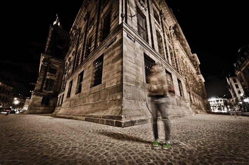 paleis op de dam bij nacht van Thomas Spaans