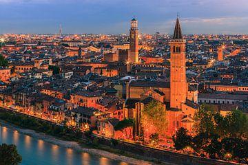 Blik over Verona, Italië van Henk Meijer Photography