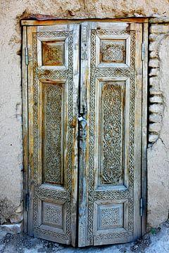 Alte Tür in Samarkand Usbekistan von Yvonne Smits