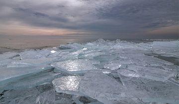 zugefrorener See von FotoBob