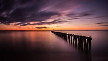 Gouden lucht bij het IJsselmeer van Edwin Mooijaart