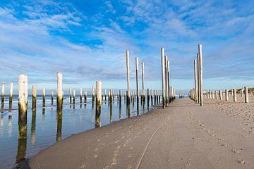 Palendorp op het strand bij Petten