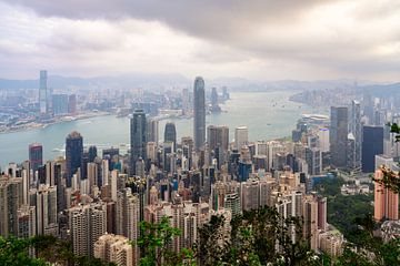 Vue de Hong Kong depuis Victoria Peak sur Lorena Cirstea