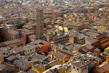 Stadsaanzicht Bologna van Patrick Lohmüller