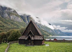 Staafkerk bij Oye