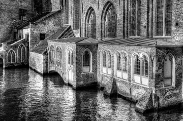 Basiliek van het Heilige Bloed, Brugge België, zwart-wit von Watze D. de Haan