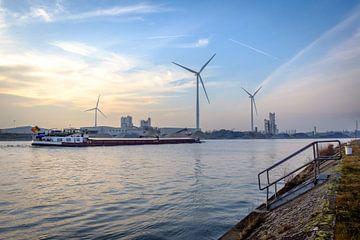 Duwboot op Albertkanaal van Johan Vanbockryck