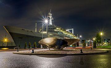 The SS Rotterdam sur