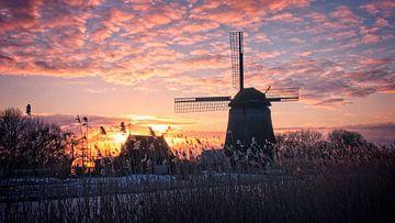 Strijkmolen K bij zonsondergang van Mark Veldman