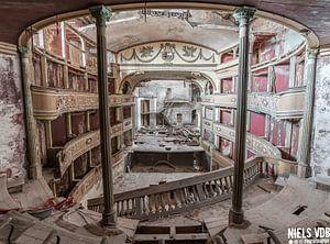 Abgelaufene Theater von Niels Van der Borght