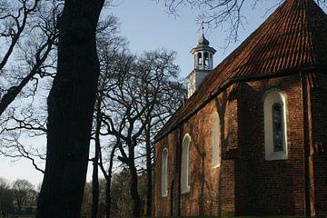 zijkant kerk van Alfred Stenekes