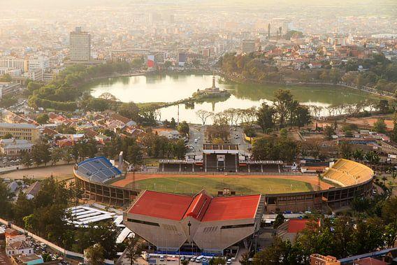Antananarivo uitzicht over de stad van Dennis van de Water