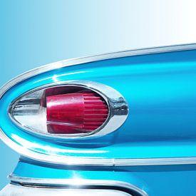 Amerikaanse klassieke auto 1961 achterlicht abstract van Beate Gube