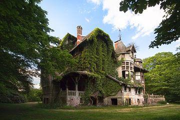 Haus voller Geheimnisse – Villa im Wald, Belgien von