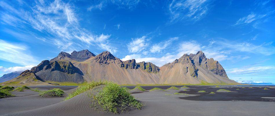 Vestrahorn, IJsland van Kneeke .com