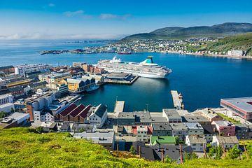 Blick auf Hammerfest in Norwegen sur Rico Ködder