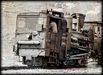 Alte Dampflokomotive einer Zahnradbahn sur Leopold Brix
