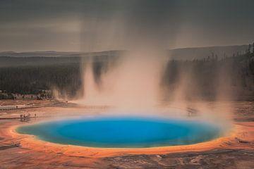 Grand Prismatic Spring, Yellowstone National Park van Harold van den Hurk