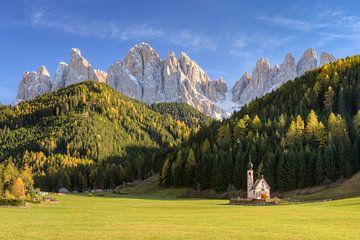 Church in Val di Funes in South Tyrol sur