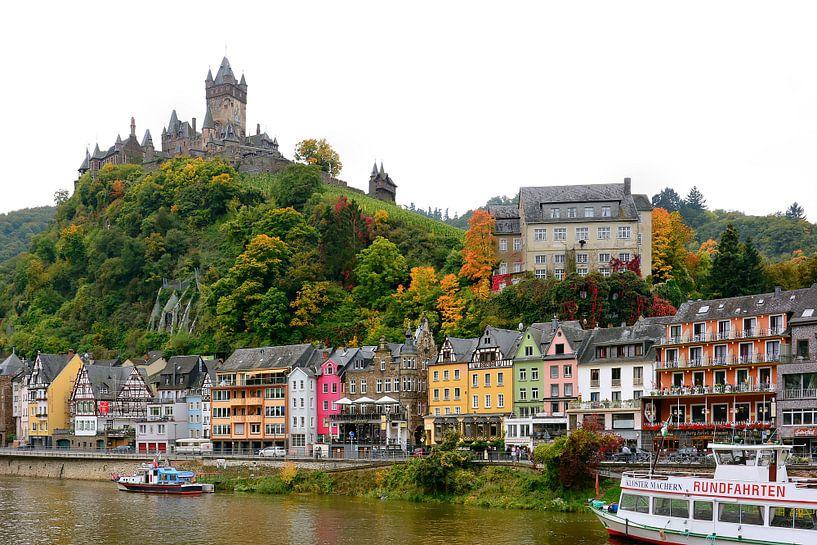 Cochem on the Moselle van Gisela Scheffbuch