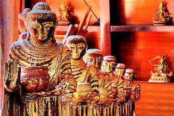 Boeddhabeelden in het Nepalese Himalaya-paviljoen Wiesent bij Regensburg van Roith Fotografie