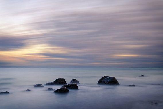 Avondlicht aan de Oostzee