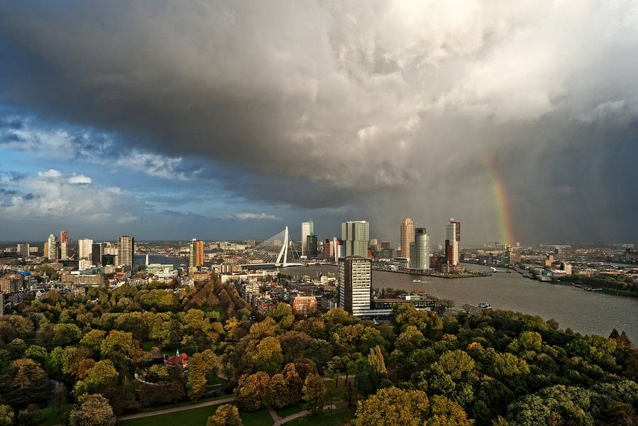 Code rood in Rotterdam / Euromast