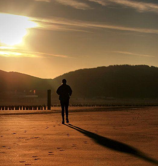 Joggen op het strand van Zoutelande van MSP Photographics