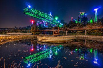 Landschaftspark Duisburg bij nacht van Dennis Donders