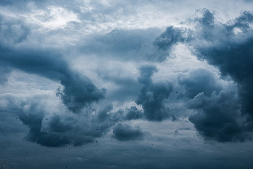Dramatische wolkenlucht van Eddy Westdijk