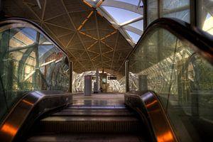Station Beatrixkwartier spiegel roltrap van