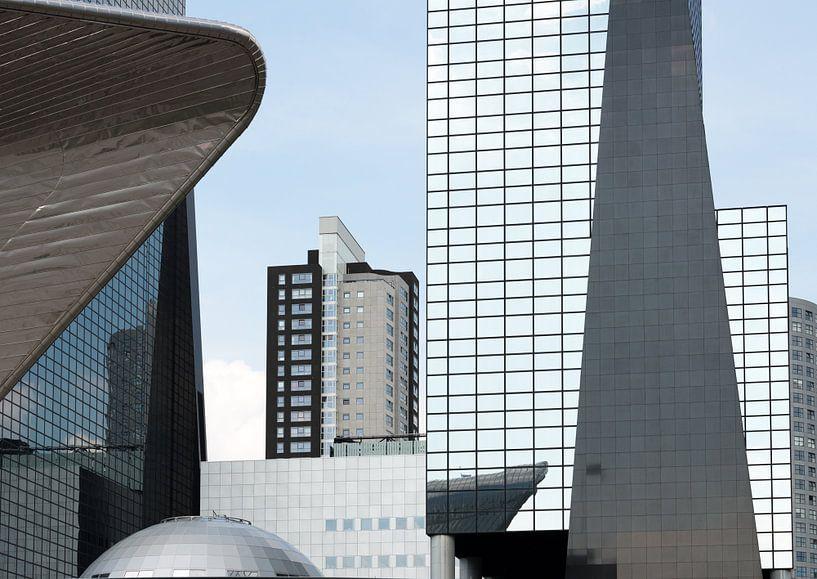 Moderne architectuur in Rotterdam centrum von Rob IJsselstein