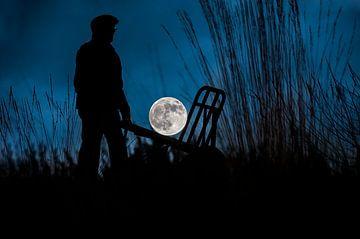 De volle maan op de kruiwagen van Marian Roest