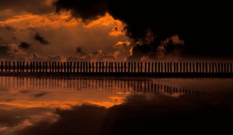 0519 Evening in Zeeland van Adrien Hendrickx