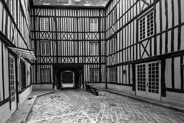 Innenhof mit Fachwerkhäusern von Peter Bartelings Photography