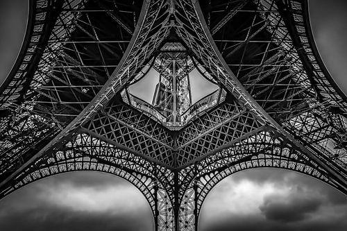 Onder de Eiffeltoren van