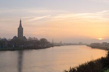 Hasselt (ov) Misty Morning tijdens zonsopgang sur Martin Bredewold