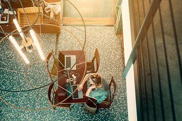 Flexwerker in café van Studio Reyneveld