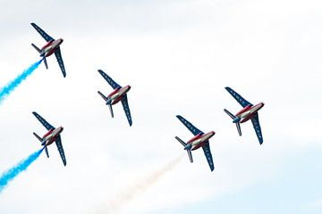 5 Alpha Jets van Patrouille de France van Wim Stolwerk