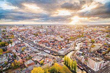 Sonnenaufgang über Groningen Stadt von Frenk Volt