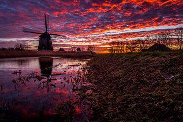 Mühlen begrüßen den Morgen von Peter Heins