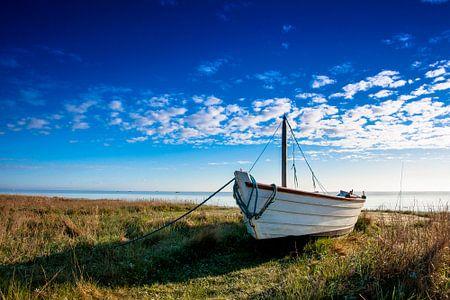 Vissersbootje op de Oostzeekust