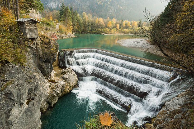 Waterfall Lechfall in Füssen, Bavaria van Michael Valjak