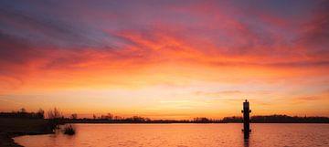 Magische zonsopkomst bij het Eiland van Maurik van elma maaskant