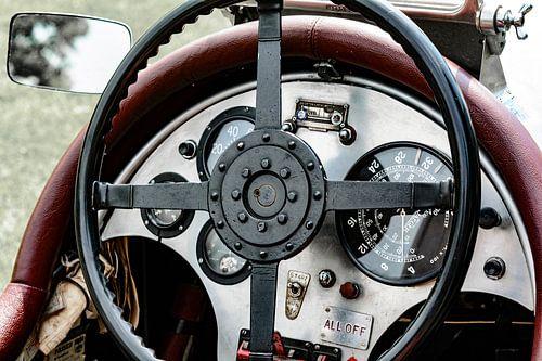 Vintage 1927 Bentley dashboard van Sjoerd van der Wal