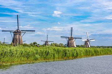 Molens van KInderdijk / Windmills of Kinderdijk (NL) van Hans Stuurman